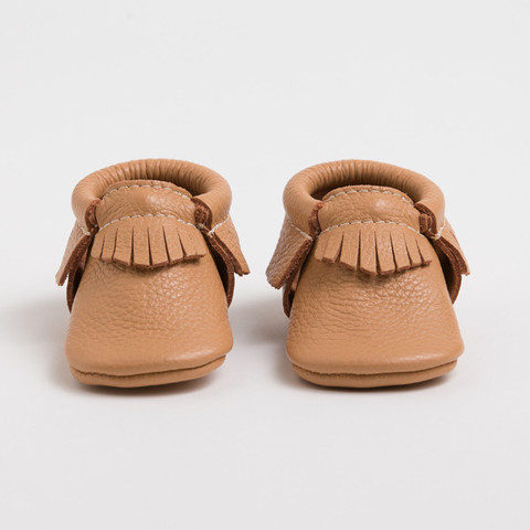 Product Features sole keep shoes easily put on and stay on well baby feet, non slip off.